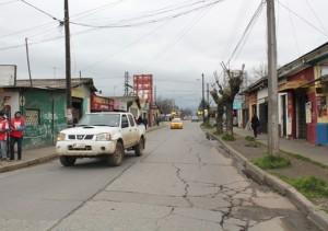 5.- La actual calle Maipú de Linares y el paso ferroviario.